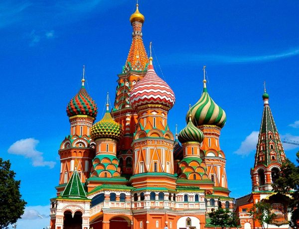 приметы по цветам в России
