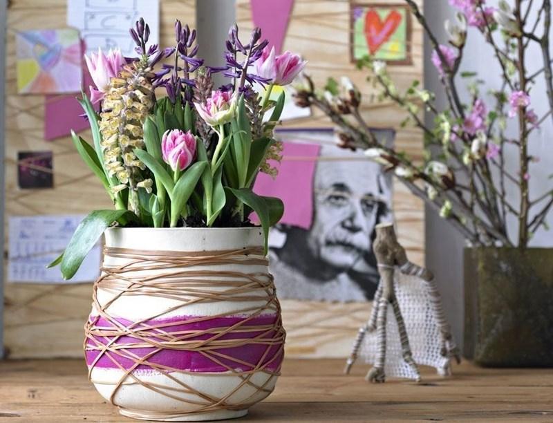 украшаем интерьер цветами